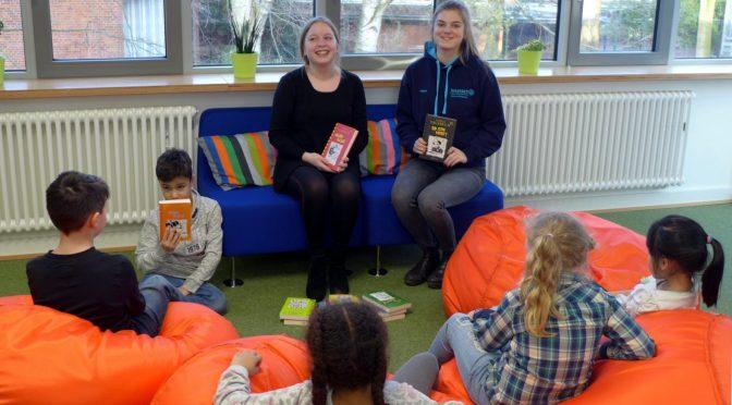 Bücherspende für unsere Schulbücherei